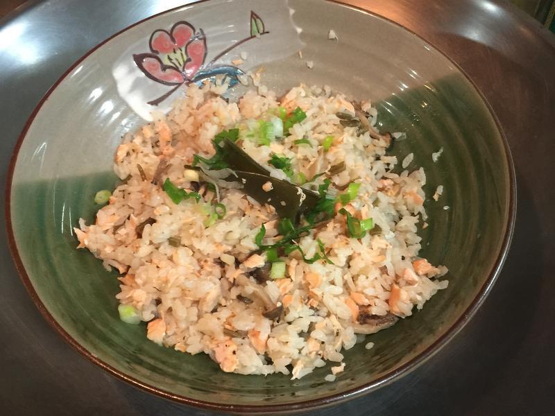 鮭魚野菇炊飯