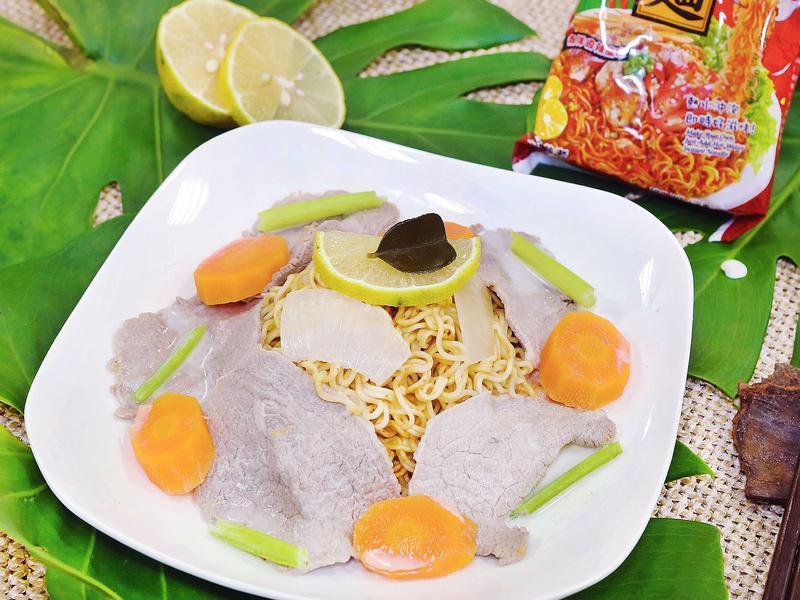 椰汁牛肉炒泡麵