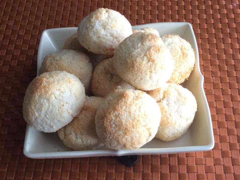 椰絲蛋白球