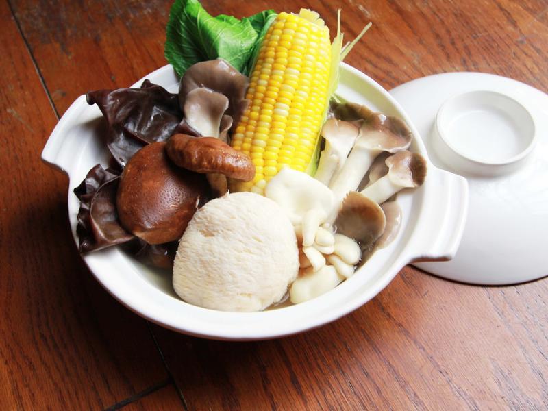 豐年農場・鮮菇蔬菜湯