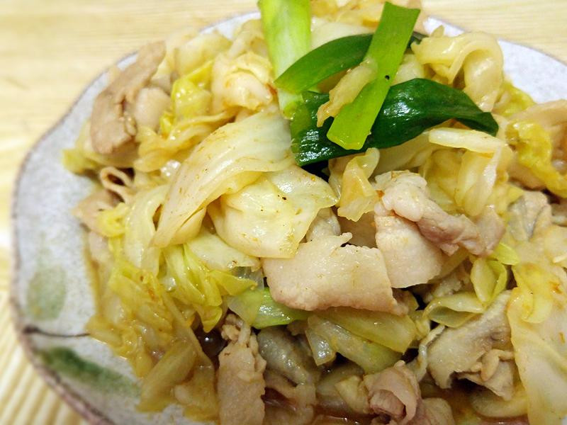 沙茶高麗菜炒薄片