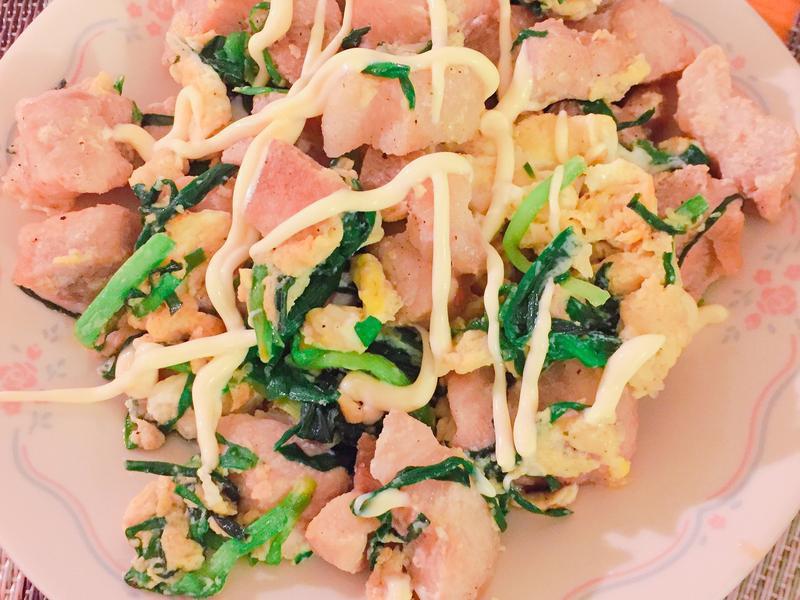 韭菜炒豬肉蛋