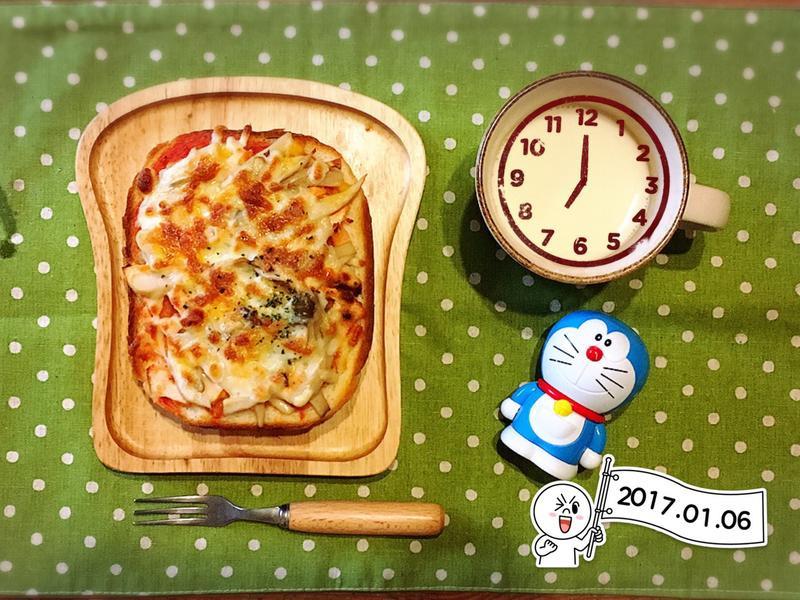 【小李子♥餐桌】烤鮭魚比薩厚土司