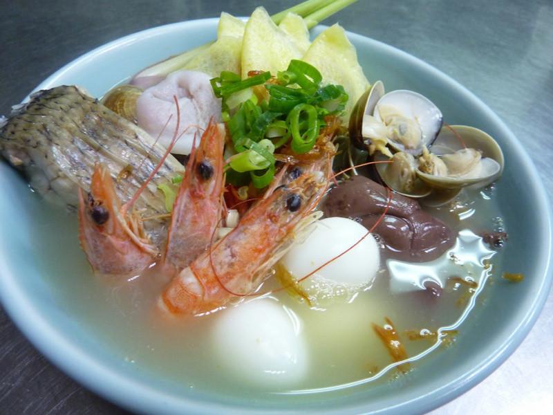 (((十分鐘便利鍋)))海鮮什錦餃餃鍋
