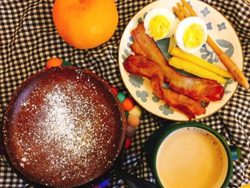 好好吃早餐系列-荷蘭鬆餅佐香煎培根套餐