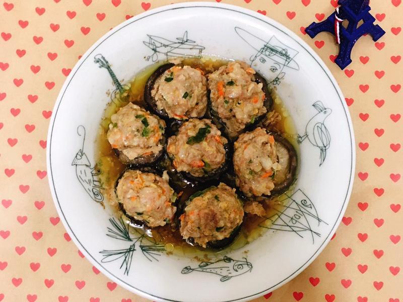 香菇鑲肉之蒸、煎兩種方式一次滿足