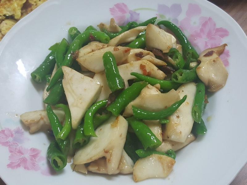 糯米椒炒杏鮑菇