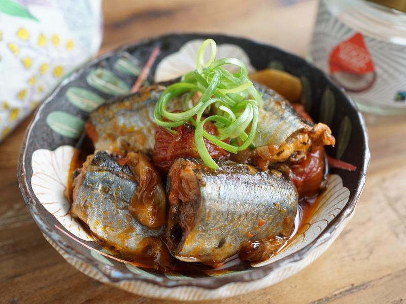 椰子油茄汁秋刀魚