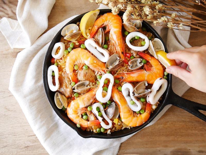 一鍋到底!西班牙海鮮燉飯