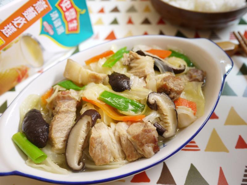 鮮味高麗菜燉肉【史雲生】