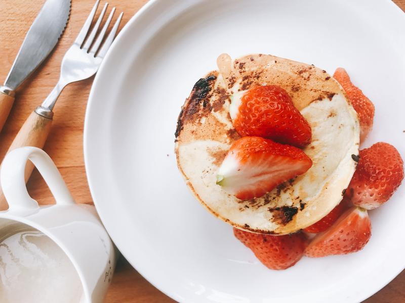 草莓巧克力豆鬆餅