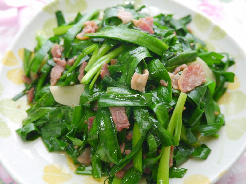 韭菜炒培根