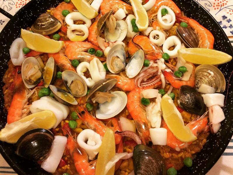 《宴客料理》西班牙海鮮燉飯
