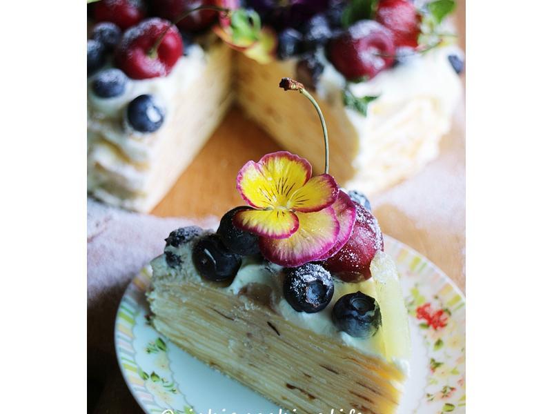 繽紛可口《苺果雪藏千層蛋糕》