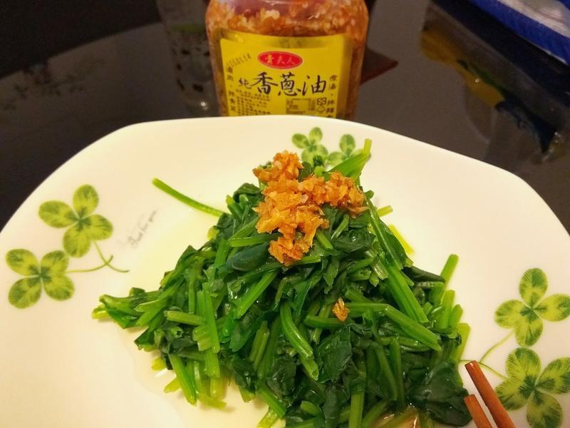 油蔥水煮菠菜∼補A補鐵