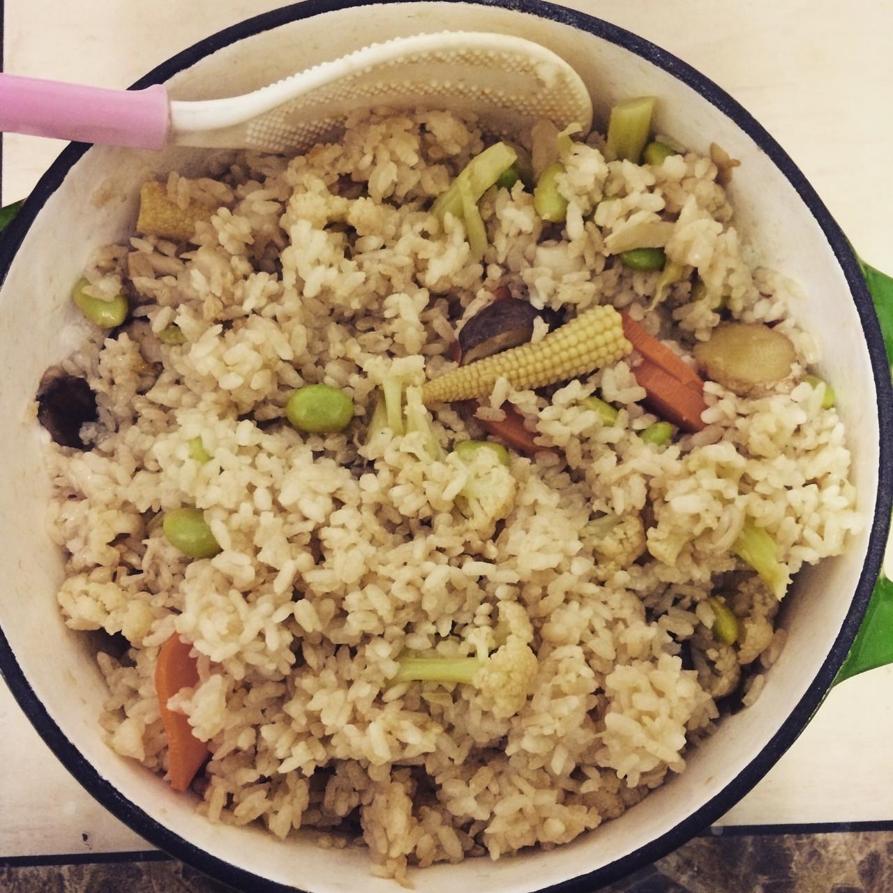 【鑄鐵鍋】一鍋到底麻油菇菇炊飯