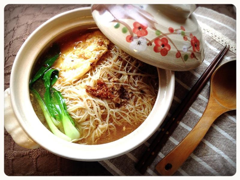 一個人也能享受的冬補好料:麻油蛋麵線