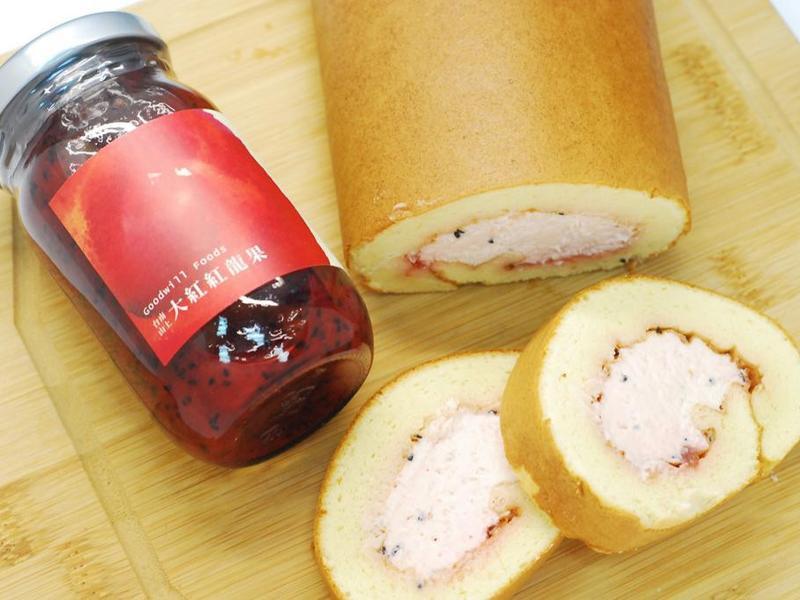 果醬甜點-紅龍果果醬生乳捲
