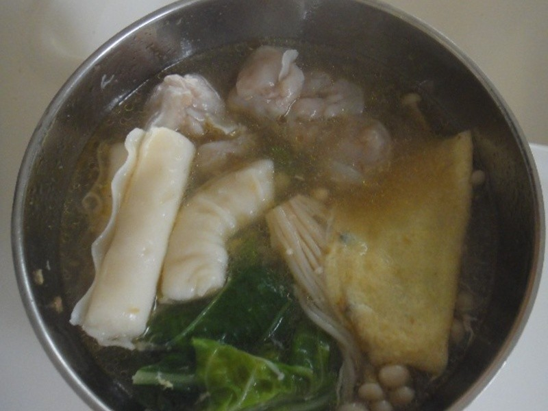 桂冠什錦餃沙茶鍋
