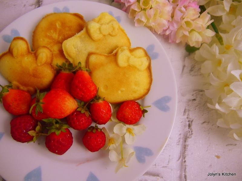 甜蜜草莓脆皮雞蛋糕