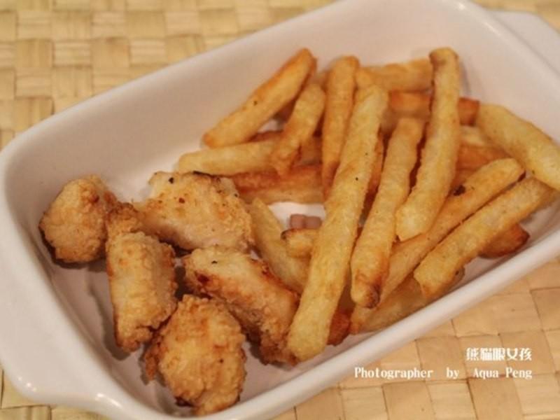 【簡單做菜】不用炸也能吃到香酥雞塊+薯條
