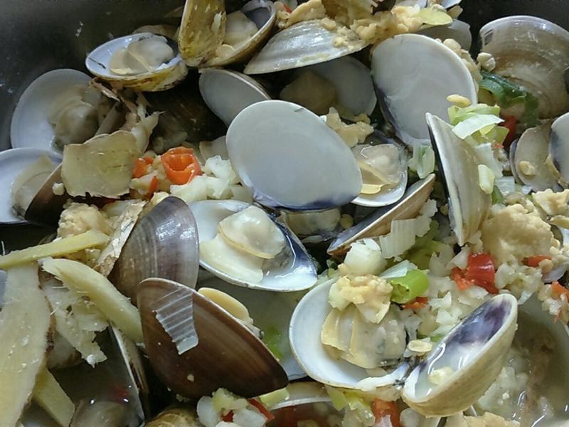 【一鍋到底】香蒜蛤蜊蒸豆腐