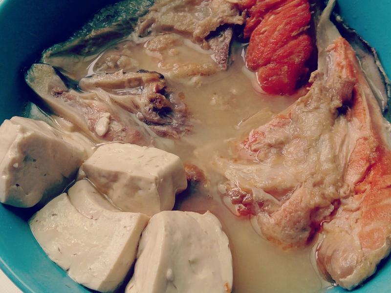 鮭魚豆腐湯