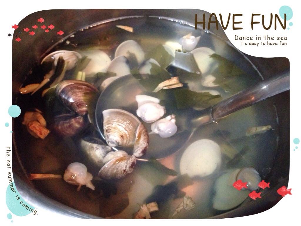 薑絲海帶芽蛤仔湯