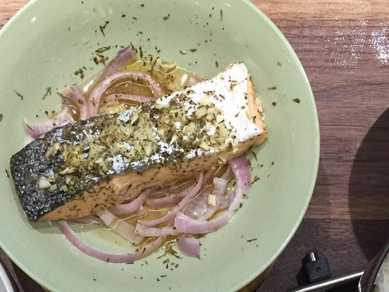 香料蒸鮭魚