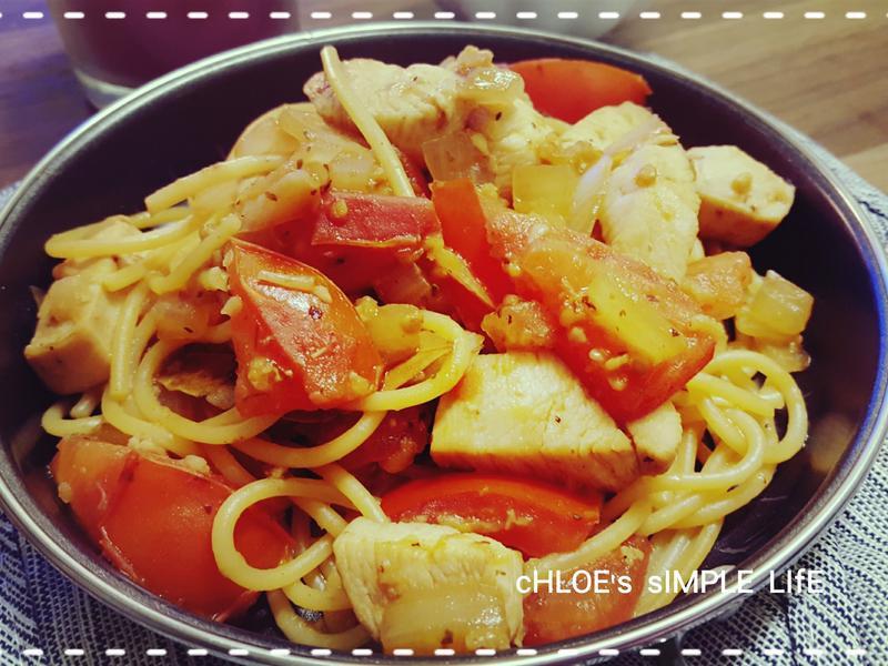 蕃茄雞肉義大利麵