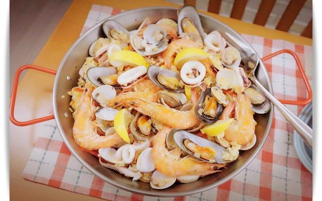 電鍋簡單完成「西班牙海鮮飯」❤