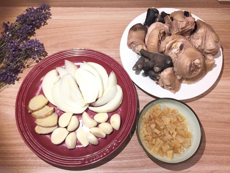 「冬季湯品」干貝蒜頭雞湯