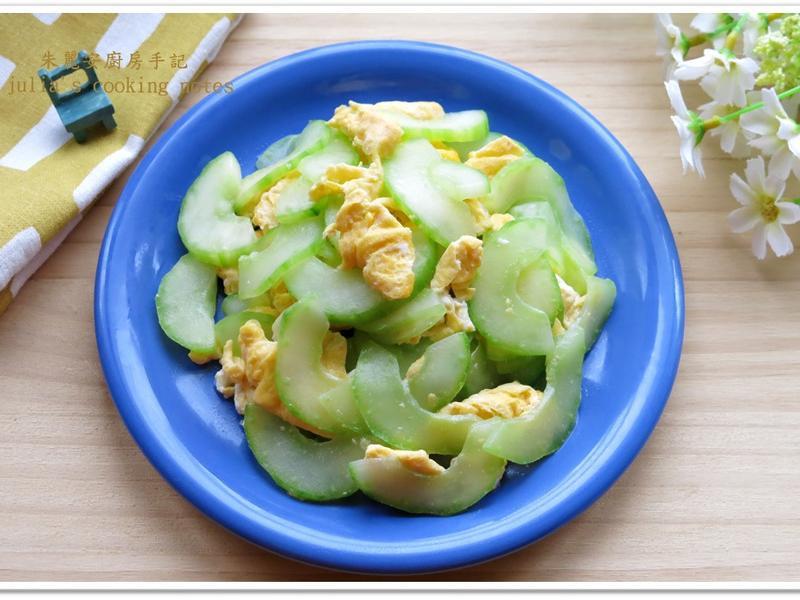 [大黃瓜炒蛋]廚房新手的簡易家常菜