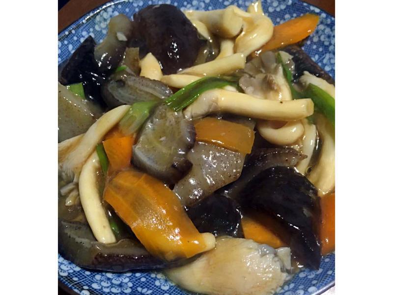烏參燴珍菇