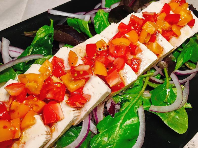 紅酒番茄豆腐沙拉