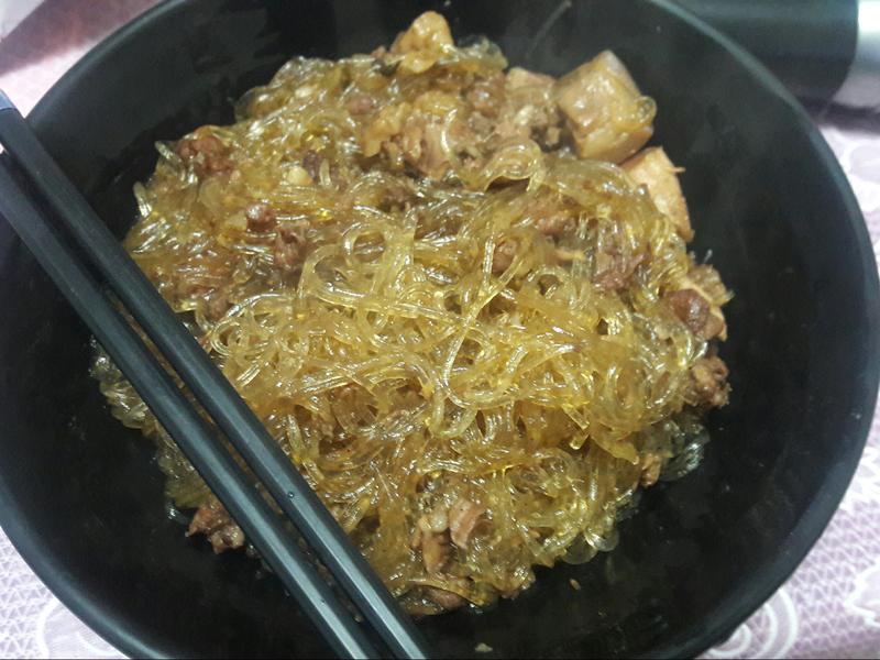 滷肉炒冬粉