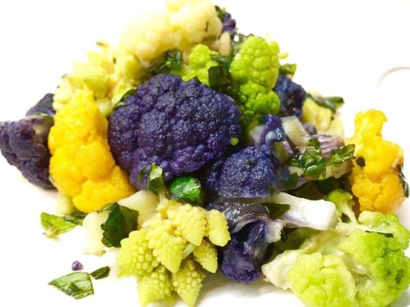 彩色花椰菜沙拉
