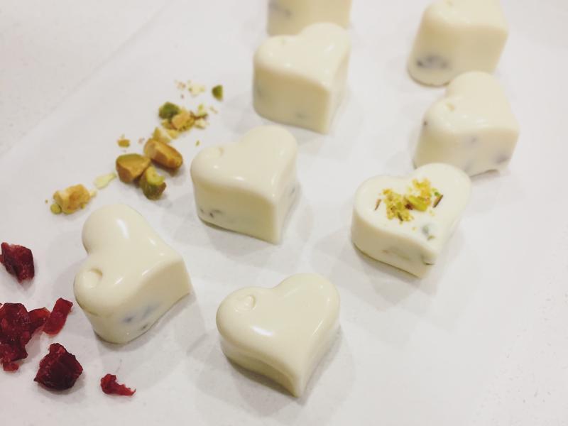 手工巧克力(花生醬、開心果、蔓越莓口味)