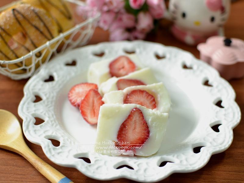 草莓鮮奶軟凍
