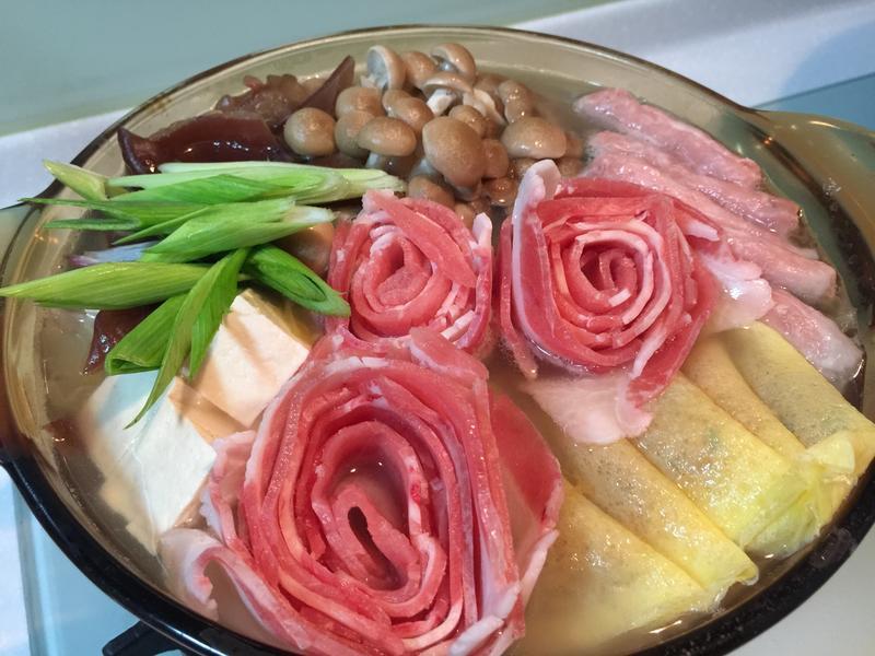 【台式料理】萬有全酸白菜火鍋/酸白菜牛肉