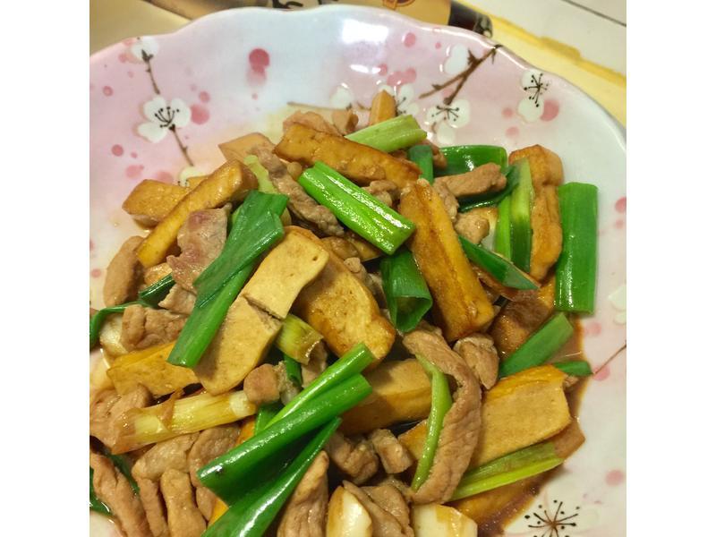 豆干炒肉絲【淬釀手路菜】