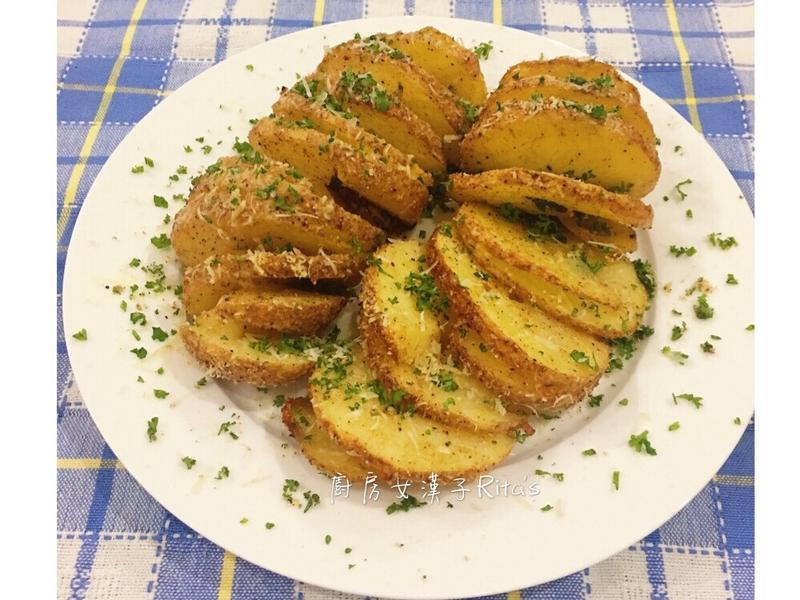 帕瑪森螺旋烤馬玲薯