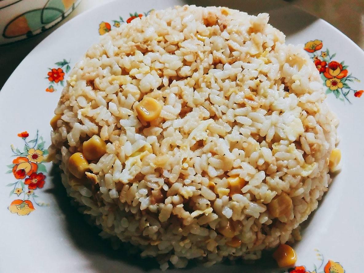 鮪魚玉米炒飯