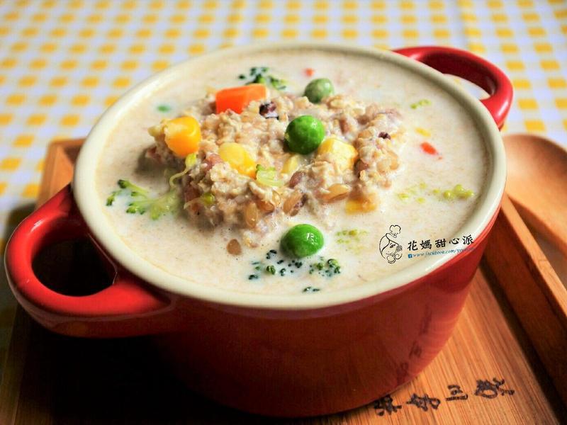 牛奶燕麥蔬菜粥