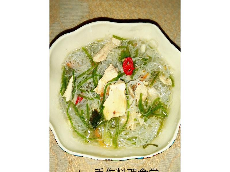 雪蓮雞絲米粉湯(史雲生)