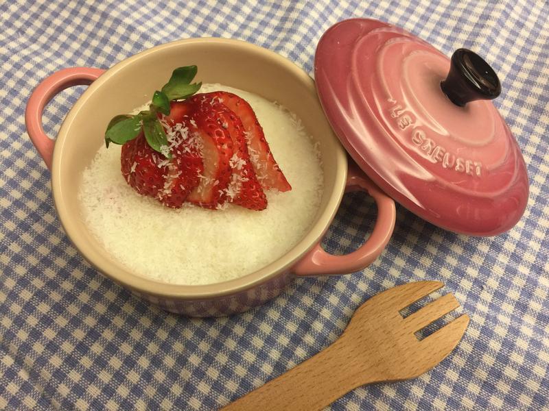 草莓鮮奶雪花凍