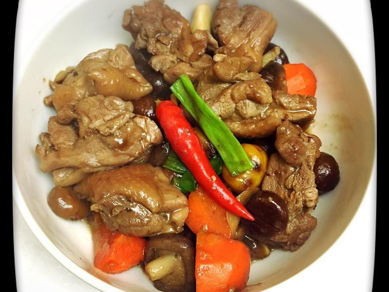 《一菜開飯》麻油栗子鮮菇燒雞