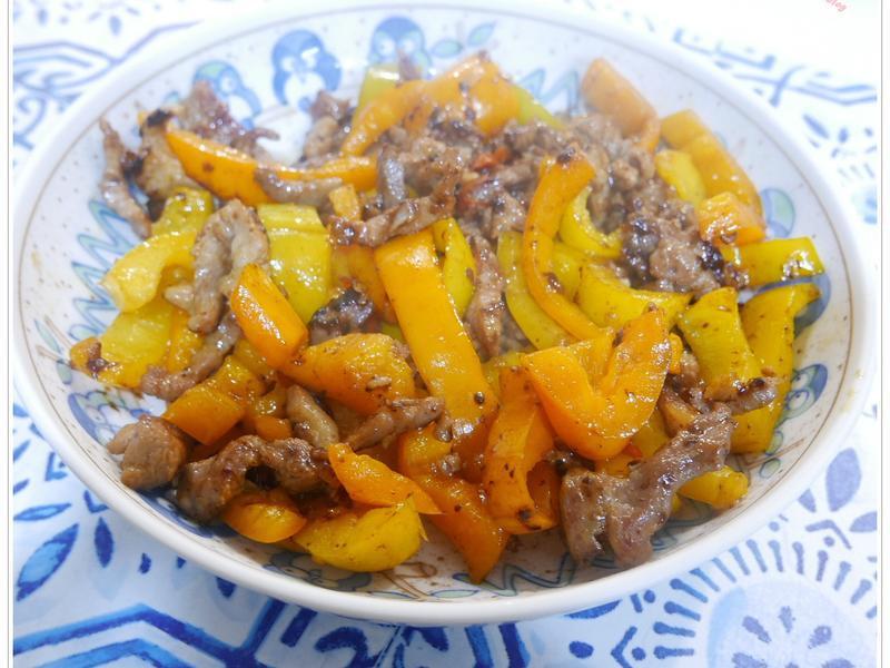 甜椒拌炒肉絲