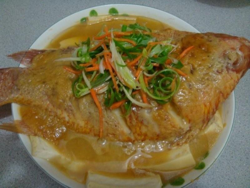 清蒸味磳豆腐魚