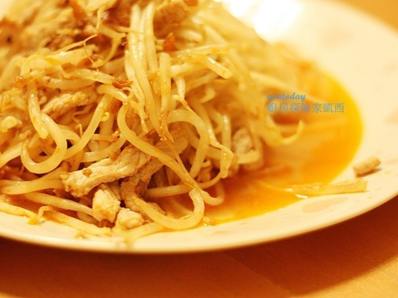【東煮】十分鐘料理系列-泰式蝦醬炒豆芽 Thai style stir fried bean spout with shrimp sauce